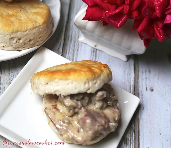 Sausage Gravy Biscuits Recipe