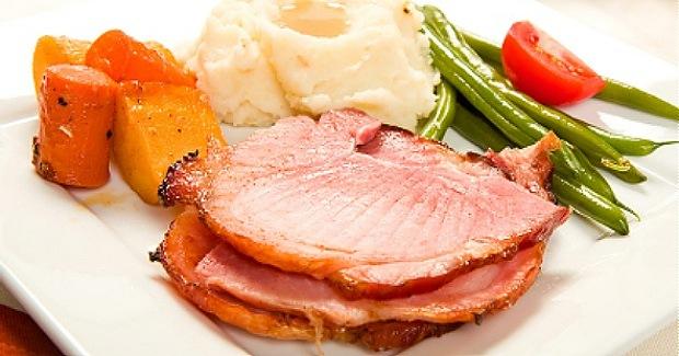 Crock Pot Ham with Gluten Free Beer and Chutney Glaze
